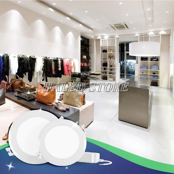 Đèn LED âm trần RDDA AT06.V2 90-7 chiếu sáng cửa hàng